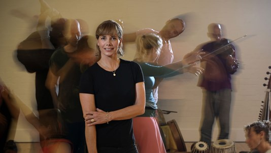 DARCEY BUSSELL: DANCING TO HAPPINESS